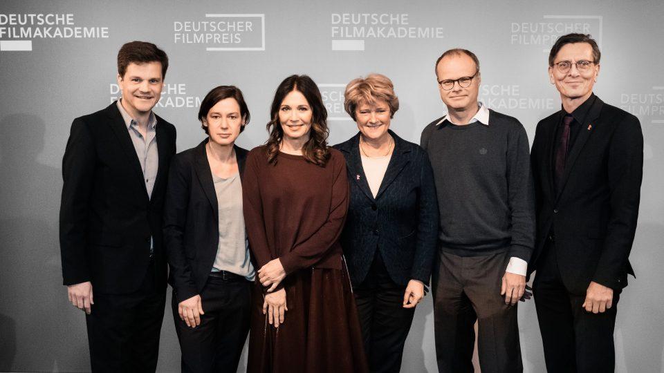 Benjamin Herrmann, Anne Leppin, Iris Berben, Monika Grütters, Philipp Weinges und Christian Gaebler / © Florian Liedel · Deutsche Filmakademie